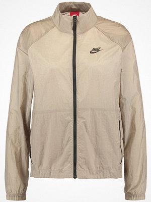 Nike Sportswear Tunn jacka khaki/black