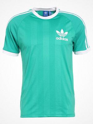 T-shirts - Adidas Originals Tshirt med tryck corgreen