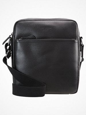 Väskor & bags - Ted Baker Axelremsväska black