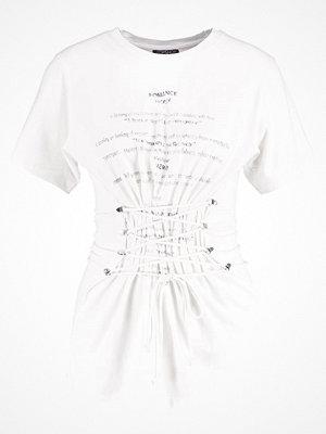 Topshop ROMANCE CORSET Tshirt med tryck cream
