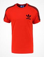 T-shirts - Adidas Originals Tshirt med tryck core red