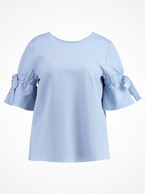 Lost Ink Plus Tshirt med tryck light blue