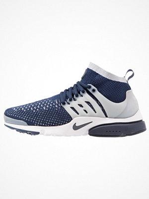 Sneakers & streetskor - Nike Sportswear PRESTO FLYKNIT Sneakers black