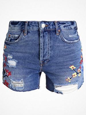 Shorts & kortbyxor - Topshop PAINTERLY ASHLEY Jeansshorts middenim