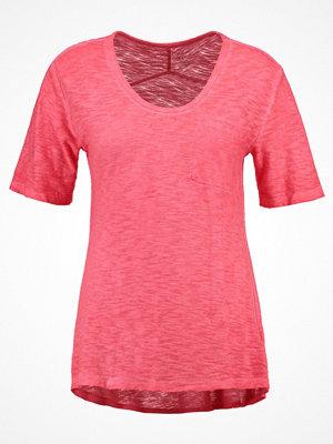 GAP Tshirt bas hula red
