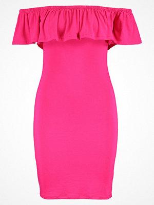 Even&Odd Fodralklänning pink