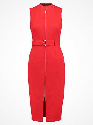 Dorothy Perkins Fodralklänning red