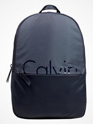 Calvin Klein FESTIVAL CAPSULE Ryggsäck ombre blue/blue night med tryck