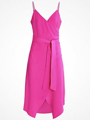 Warehouse Sommarklänning pink