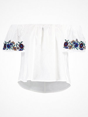 Topshop MAGGIE BARDOT   Blus white