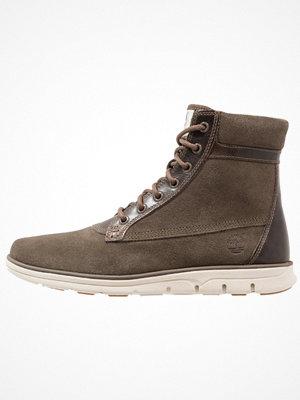 Boots & kängor - Timberland BRADSTREET SLOUCH Snörstövletter canteen