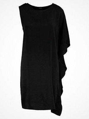 Festklänningar - Vero Moda VMNADEGE Cocktailklänning black beauty