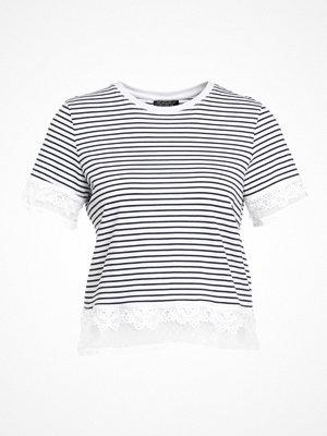 Topshop DOBBY    Tshirt med tryck monochrome