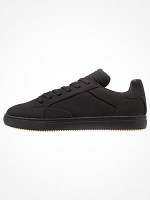 YourTurn Sneakers black