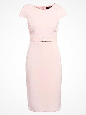 Dorothy Perkins Fodralklänning peach