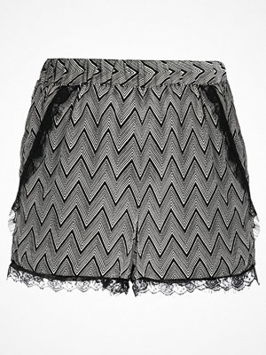 Vero Moda VMNEWMAKER Shorts black beauty