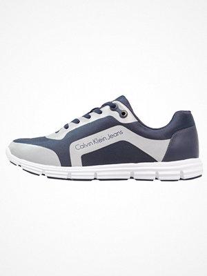 Sneakers & streetskor - Calvin Klein Jeans Sneakers indigo/silver