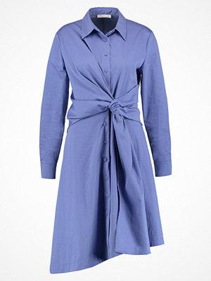 Finery London DULWICH Skjortklänning cornflower blue