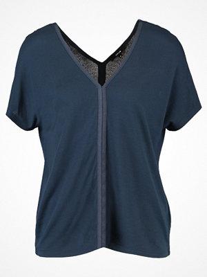 Opus SPOMENKA Tshirt med tryck thunder blue