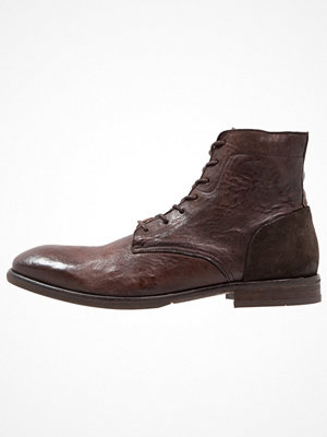 Boots & kängor - H by Hudson YOAKLEY  Snörstövletter brown