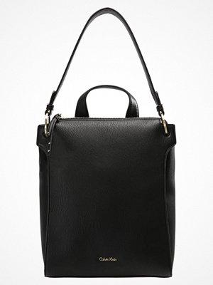 Calvin Klein ICONIC BACKPACK IREN Ryggsäck black