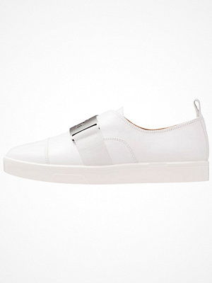 Sneakers & streetskor - Calvin Klein ILONA Slipins platinum white