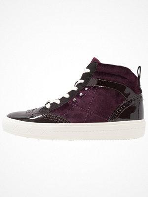 Tamaris Höga sneakers berry