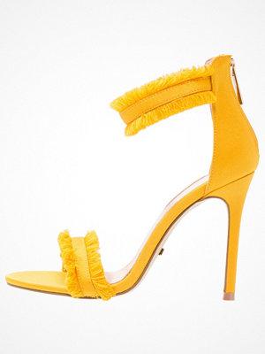 Sandaler & sandaletter - Topshop RILEY FRINGE Sandaler & sandaletter mustard