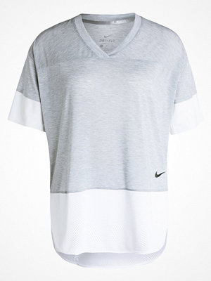 Sportkläder - Nike Performance BREATHE Tshirt med tryck wolf grey/white/black