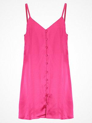 Fashion Union KENDRA Sommarklänning hot pink