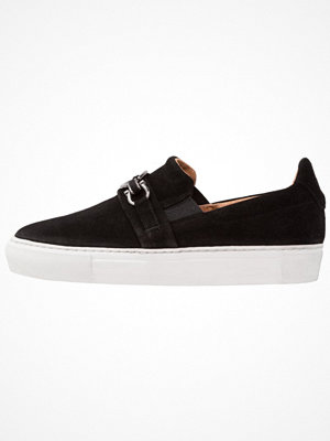 Sneakers & streetskor - Pavement FRIDA Slipins black