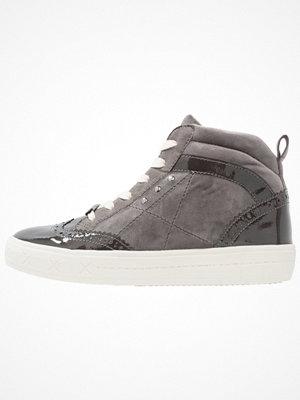 Tamaris Höga sneakers graphite