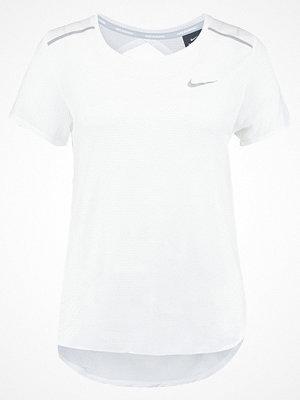 Sportkläder - Nike Performance Tshirt med tryck white/silver