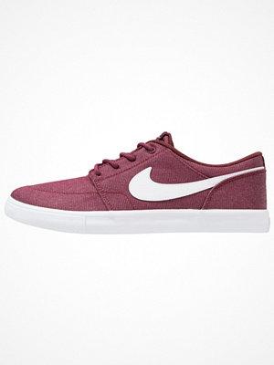 Nike Sb SOLARSOFT PORTMORE II CNVS PREMIUM Sneakers dark team red/white/black