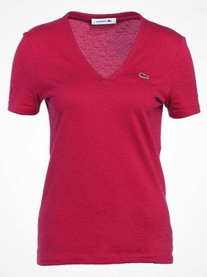 Lacoste SLIM FIT TF8908 Tshirt bas bigarreau cherry