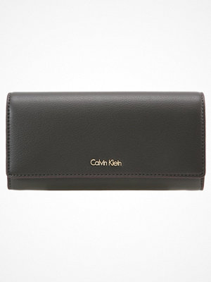 Plånböcker - Calvin Klein Plånbok black olive
