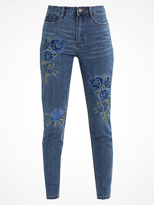 Missguided RIOT FLORAL EMBROIDERED Jeans slim fit blue
