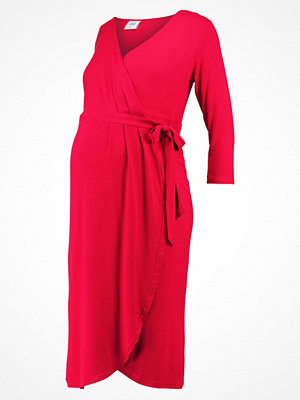 Mamalicious MLDALIA WRAP  Jerseyklänning persian red