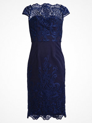 Chi Chi London JOURDANNE Cocktailklänning navy
