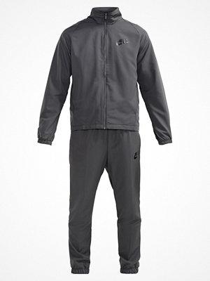 Nike Sportswear BASIC Träningsset midnight fog/black