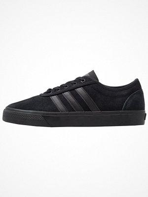 Sneakers & streetskor - Adidas Originals ADIEASE Sneakers core black