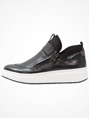 Tamaris Höga sneakers black