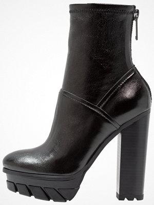 Calvin Klein Jeans FELIPA Klassiska stövletter black