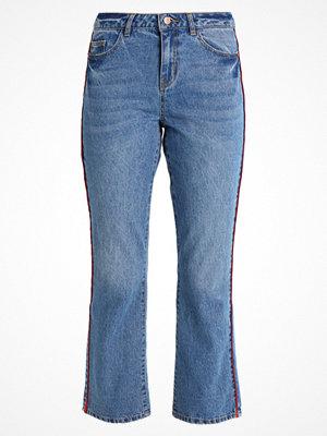 Vero Moda VMTAILOR KICK  Flared jeans medium blue denim