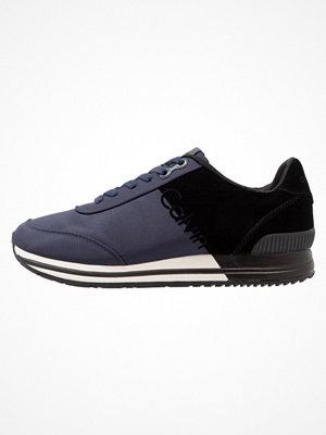 Calvin Klein Jeans EMILE Sneakers indigo/black