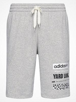 Shorts & kortbyxor - Adidas Originals STREET GRAPHIC  Träningsbyxor grey