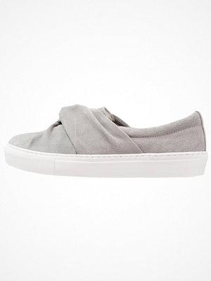 Sneakers & streetskor - Zign Slipins grey