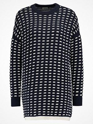 Noisy May NMMESH Stickad tröja navy blazer/snow white