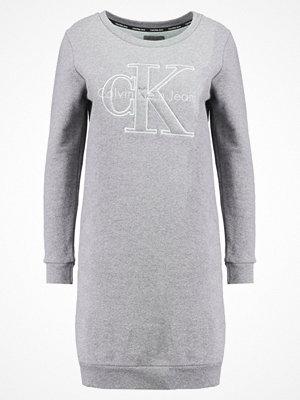 Calvin Klein Jeans DALIS TRUE ICON Sommarklänning light grey heather