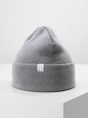 Adidas Originals LOGO BEANIE Mössa grey
